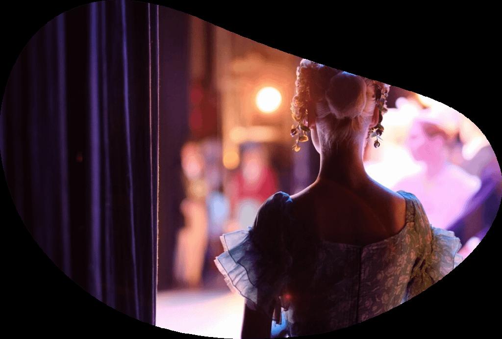 multicamera vrouw toneel filmen